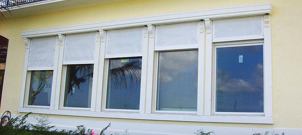 Rollaway Windows